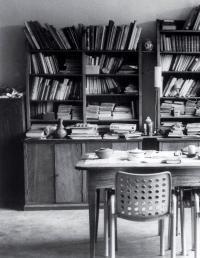 Bibliothek Sciaredo