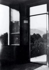 Blick aus dem Fenster um 1940